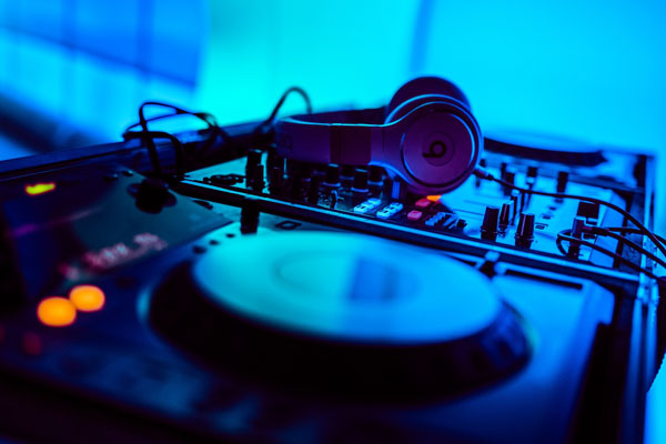 DJ & MC - Our resident DJ's and MC's are the perfect way to keep your guests entertained throughout the night.  Our DJ's are experienced professionals that will make sure your music is on schedule without any worries.